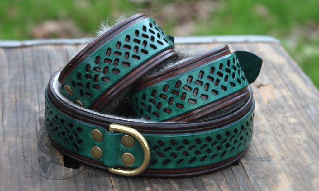 Alktinox's Filigree Collar & Cuff Set