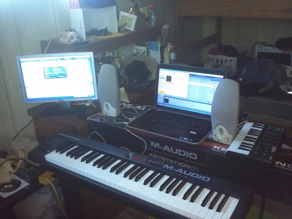 New Piano [MIDI Keyboard]