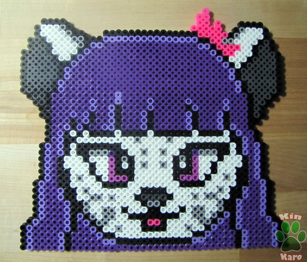 [COMMISSION] Candance Simple Perler Bead Badge
