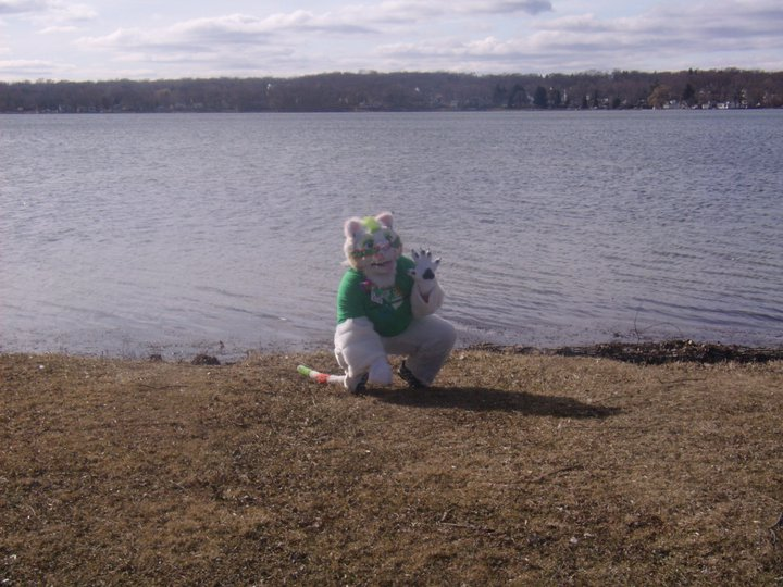 Most recent image: Striking a Pose by the Lake