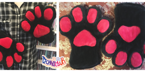 Black Handpaws With Red Pawpads