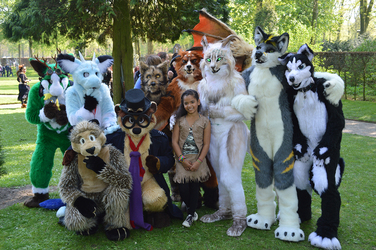 Elf Fantasy Fair group photo
