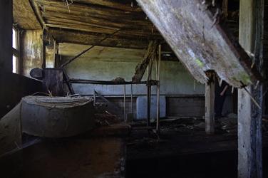 An abandoned farmhouse 3
