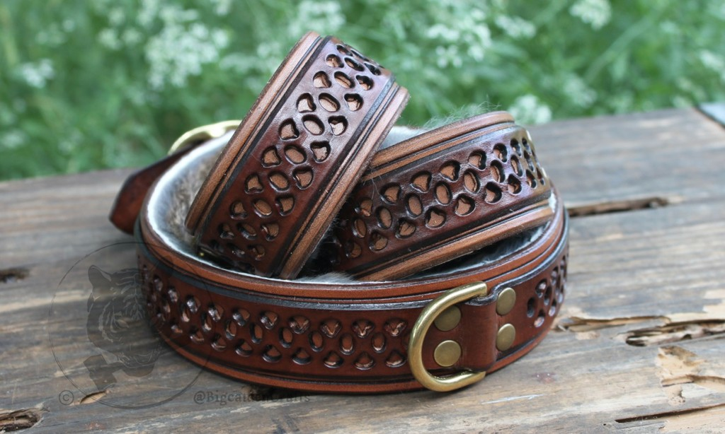 Brown Filigree Collar & Cuffs Set