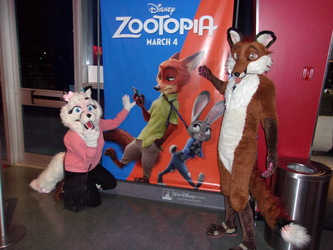 The 2 Foxes at Zootopia.