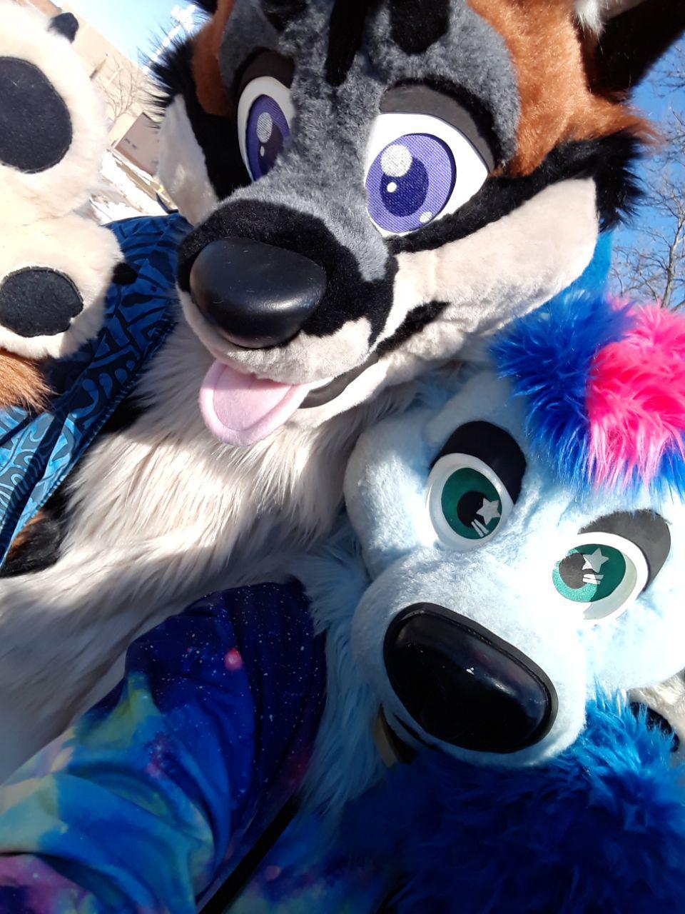 Fursuit Selfie with Aerak and Nova