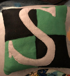 Harry Potter Slytherin Hogwarts House Throw Pillow For Sale