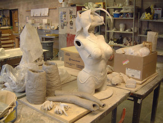 Akeli Sculpture