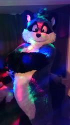 Its me at the party :3