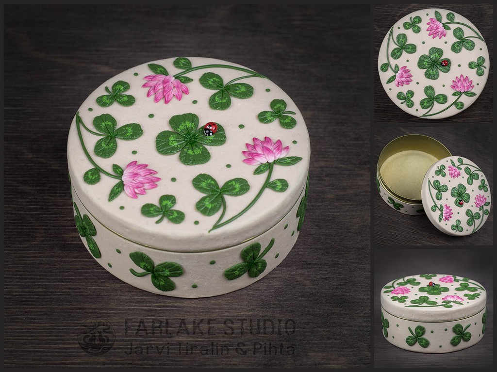 Box with clover leaves and ladybug