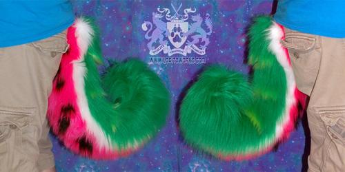 Watermelon Husky Tail