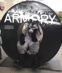 [FURSUIT] Armory (taken by Moezue)