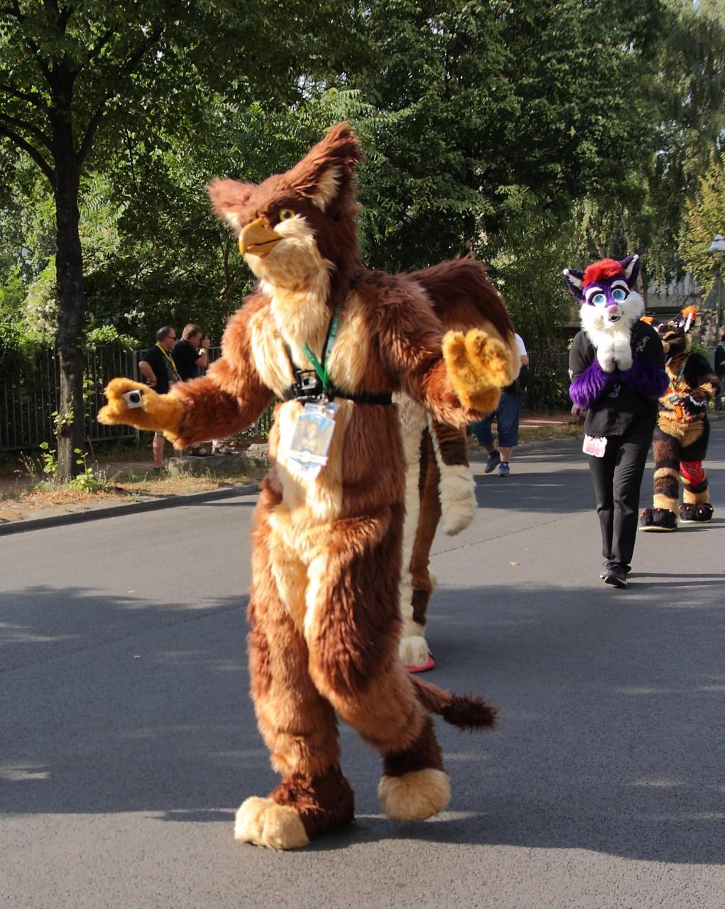 EF parade 3