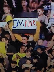 Fox at RAW!!!!