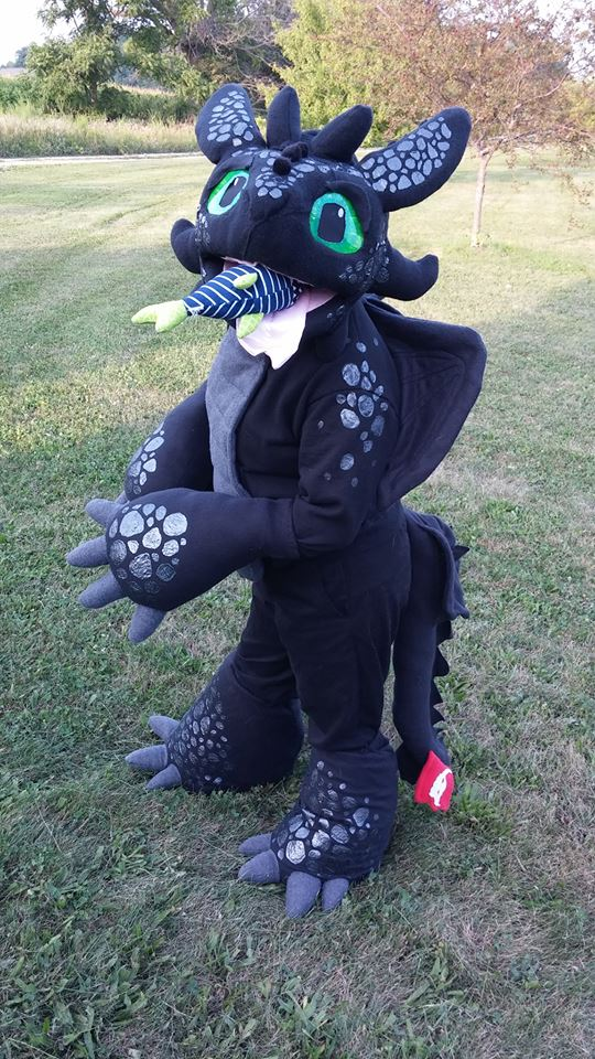 Most recent image: Toothless has a fishy