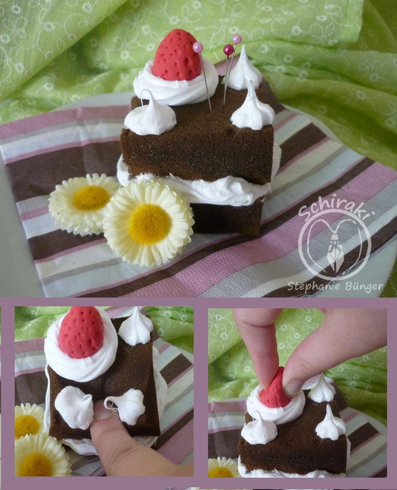 cake-pincushion