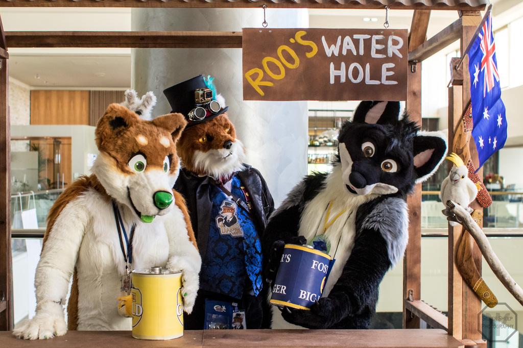 FurDU 2017: Three Canines